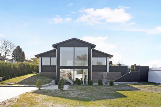 Villa på Tinglykke i Aalborg SØ - Ejendom 1