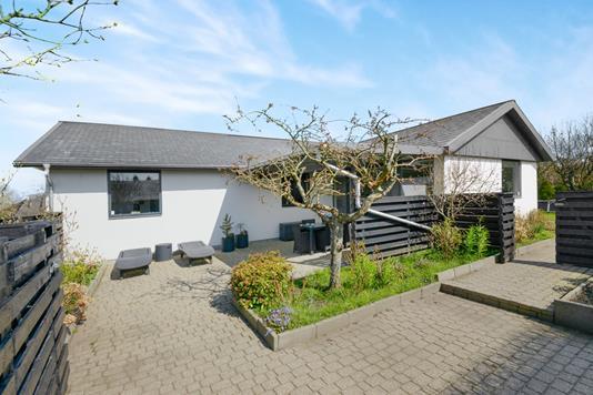 Villa på Hellevangen i Aalborg SØ - Ejendom 1