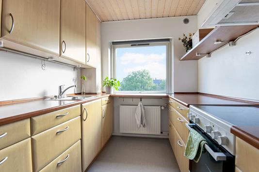 Ejerlejlighed på H. C. Andersens Vej i Aalborg - Køkken