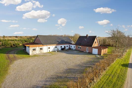 Villa på Højslev Møllevej i Aalestrup - Ejendommen
