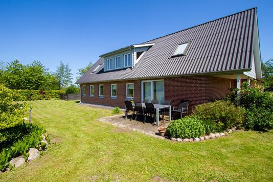 Villa på Evaslundvej i Aalestrup - Ejendommen