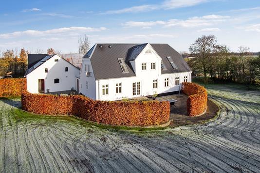 Villa på Vestrupvej i Aars - Ejendommen