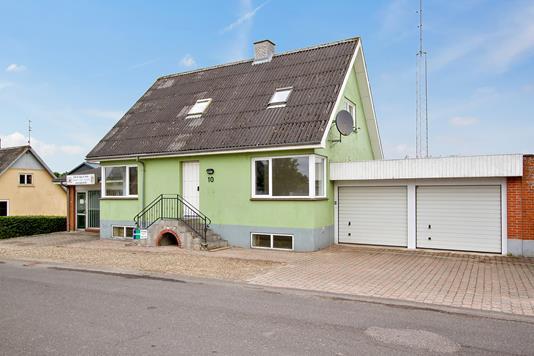 Villa på Smorupvej i Nørager - Ejendommen