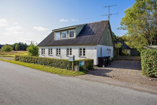 Villa på Lounsvej i Farsø - Set fra vejen