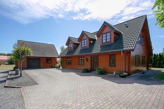 Villa på Hindbærvej i Aars - Ejendommen