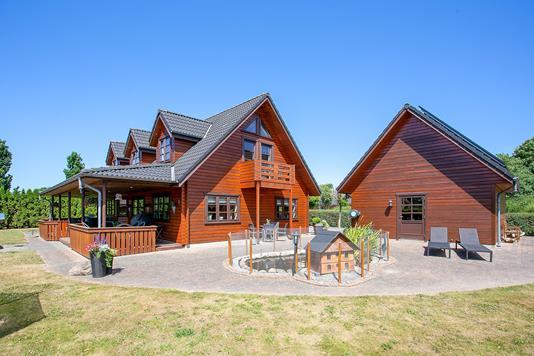 Villa på Hindbærvej i Aars - Terrasse
