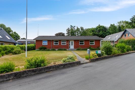 Villa på Hesselvej i Farsø - Ejendommen