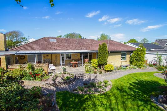 Villa på Vestergade i Farsø - Ejendommen