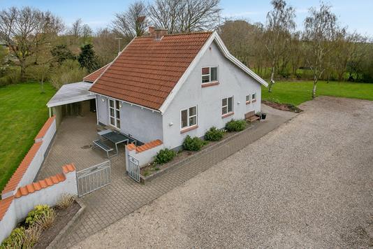 Villa på Morumvej i Aars - Ejendommen