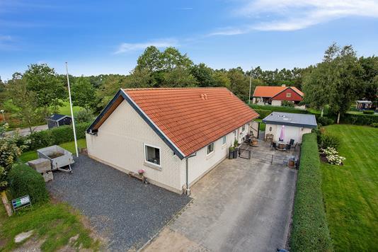 Villa på Aaparken i Aalestrup - Ejendommen
