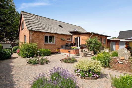Villa på Møllegade i Aars - Have