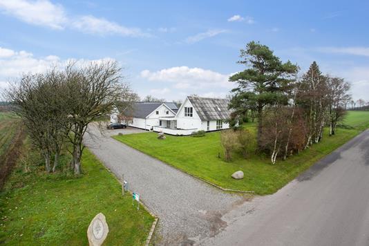 Villa på Brusåvej i Nibe - Ejendommen