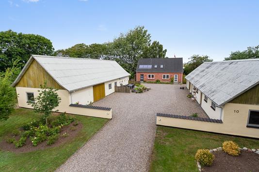 Villa på Smedievej i Aars - Ejendommen