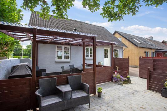 Villa på Aagade i Nibe - Overdækket terrasse