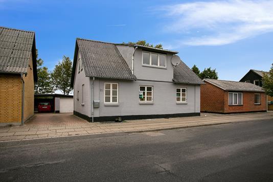Villa på Aagade i Nibe - Ejendommen