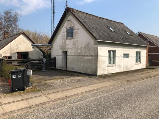 Villa på Tingvej i Farsø - Ejendommen