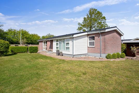 Villa på Havbrovej i Aars - Set fra haven