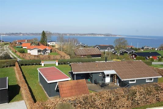 Fritidsbolig på Ovenskovvej i Farsø - Ejendommen