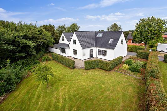 Villa på Borgergade i Aalestrup - Set fra haven