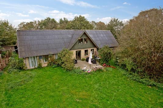 Villa på Knabervej i Aalestrup - Set fra haven