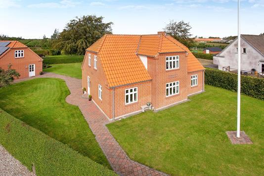 Villa på Rodstedvej i Suldrup - Ejendommen