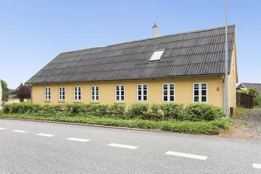 Villa på Gatten Stationsvej i Farsø - Ejendommen