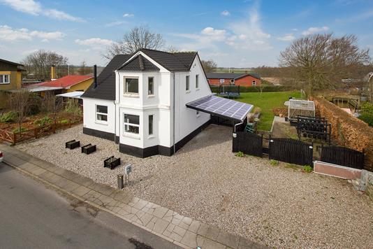 Villa på Nørregade i Aars - Ejendommen