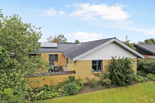 Villa på Hedegaardsvej i Aabybro - Ejendom 1