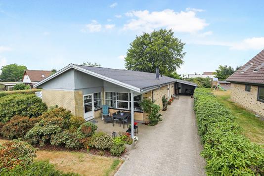 Villa på Rønnevej i Aabybro - Ejendom 1