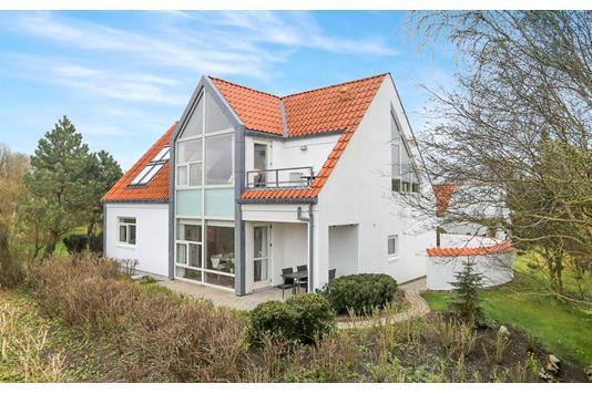 Villa på Grebjerg i Aabybro - Ejendommen