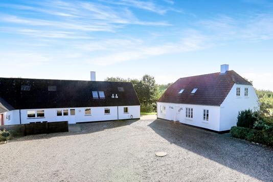 Landejendom på Vestergårdsvej i Aabybro - Ejendommen