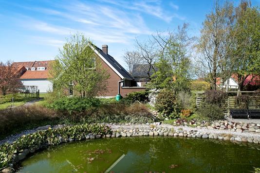 Villa på Møllevej i Brovst - Ejendommen