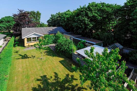 Villa på Faldborggade i Brovst - Ejendommen
