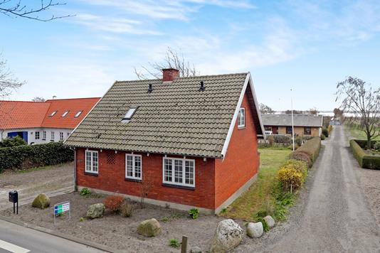 Villa på Limfjordsgade i Aabybro - Ejendommen