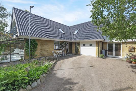 Villa på Nørremarksvej i Aabybro - Ejendommen