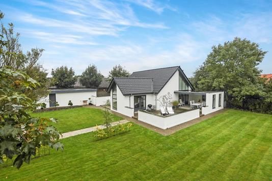 Villa på Østergade i Aabybro - Ejendommen