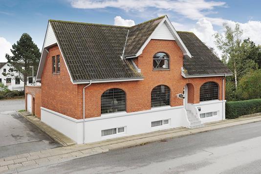 Villa på Borgergade i Vrå - Ejendommen