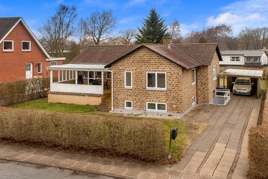 Villa på H C Andersens Vej i Vrå - Mastefoto