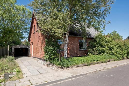 Villa på Klokkehøj i Vrå - Ejendommen