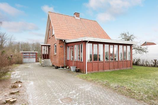 Villa på Vråvej i Vrå - Ejendommen