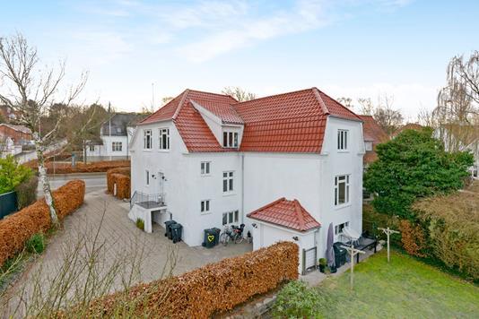 Villa på Hasserisvej i Aalborg - Ejendom 1
