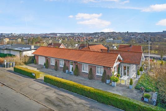 Villa på Valmuemarken i Aalborg - Facade