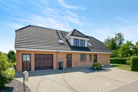 Villa på Frejlev Skolevej i Aalborg SV - Ejendom 1