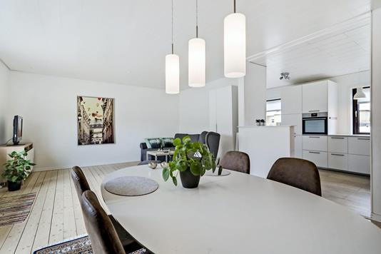 Villa på Thøger Larsens Vej i Aalborg SV - Stue