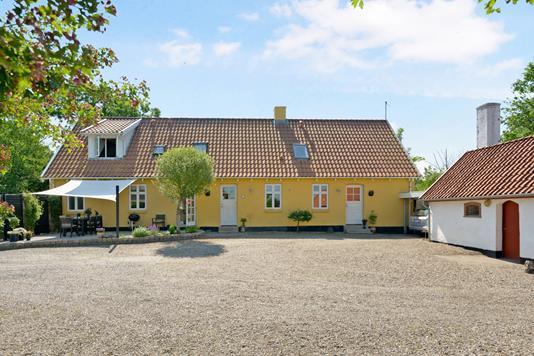 Villa på Nyrupvej i Nibe - Ejendom 1