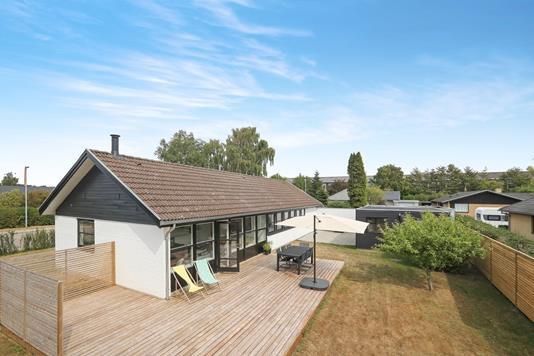 Villa på Hesselvej i Aalborg SV - Ejendommen