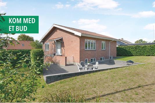 Villa på Birke Alle i Aalborg SV - Facade
