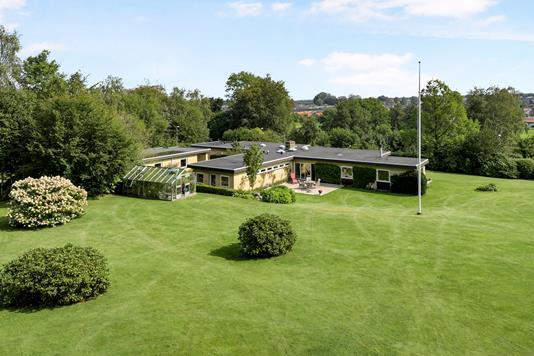 Villa på Lille Volstrupvej i Svenstrup J - Ejendom 1