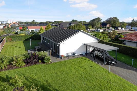 Villa på Nøddevænget i Svenstrup J - Ejendom 1