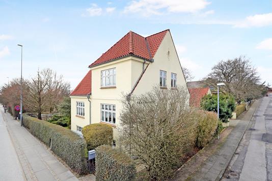 Villa på Hobrovej i Aalborg SV - Ejendom 1
